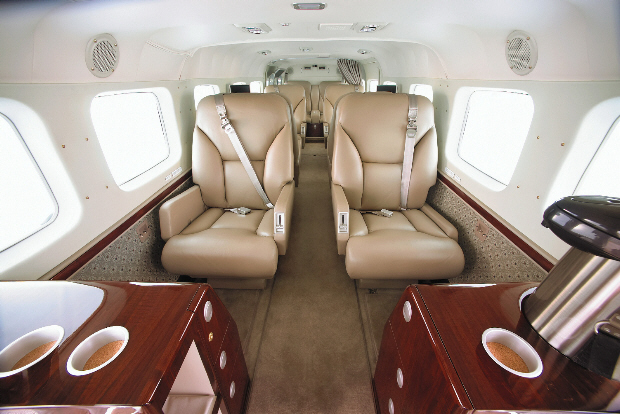 What are the specs on a Reims-Cessna 406 Caravan II?