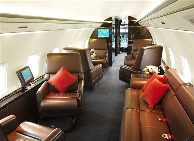 Premier Jet Aviation Jetav Bombardier Challenger 850