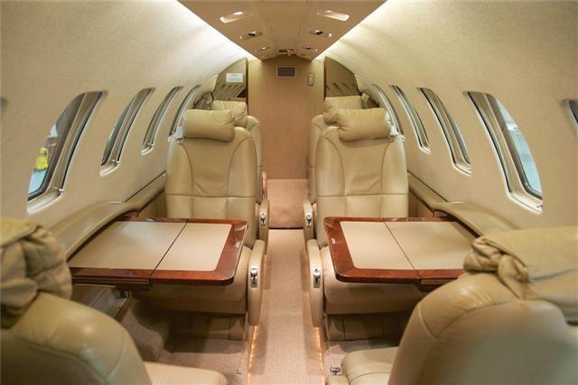 Premier jet aviation jetav cessna citation cj2 for Interior pics