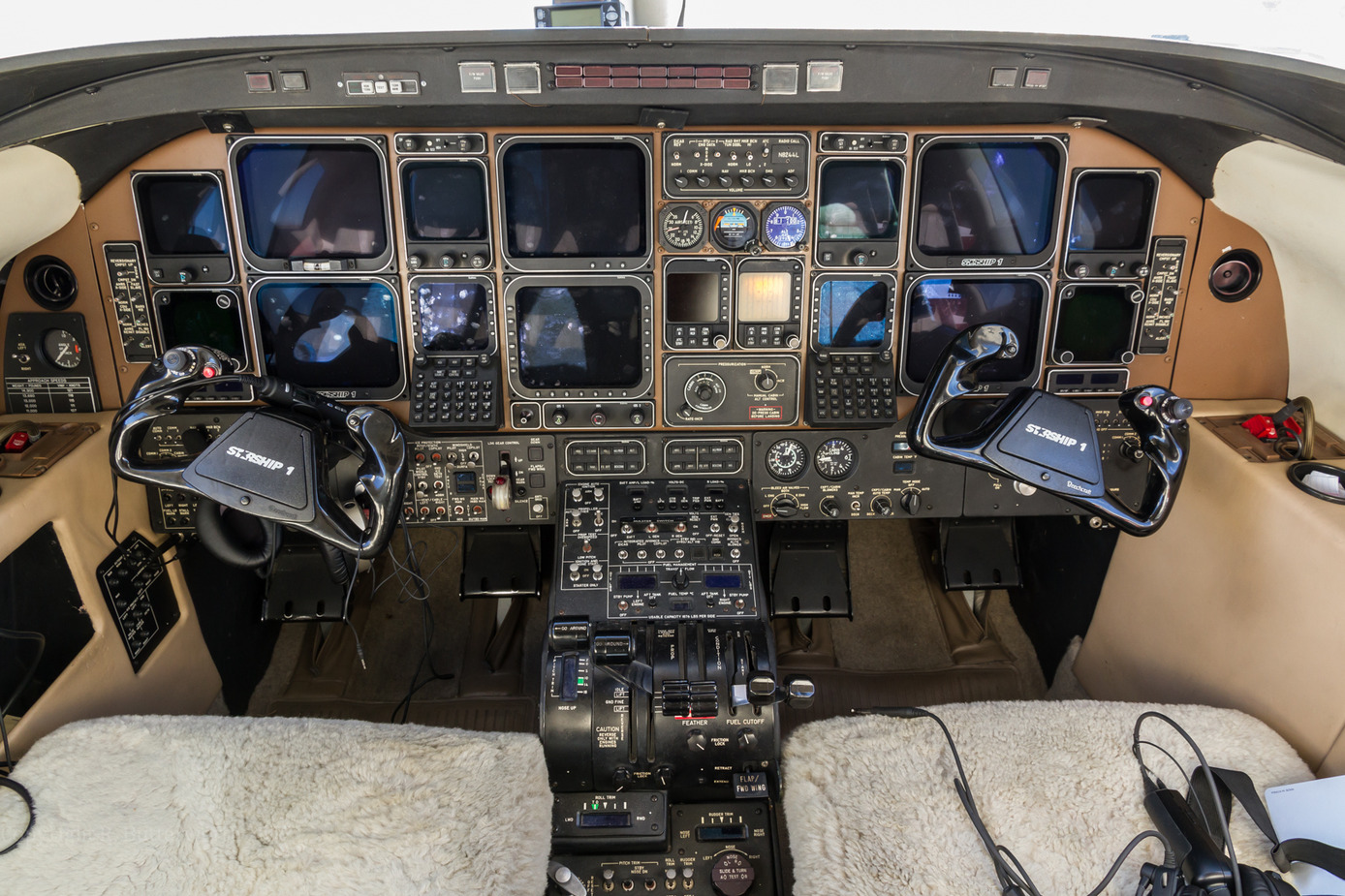 bell helicopter for sale with Hawker Beechcraft Starship I Specs And Description on Bell 47 10 further Bell 407 Civil Utility Helicopter Textron Inc moreover 1983 cessna T210n in addition Eurocopter Ec225 Super Puma in addition Mh 6 Little Bird.