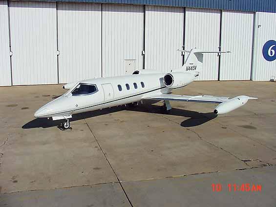Bombardier LearJet 25. Photo. Specifications.