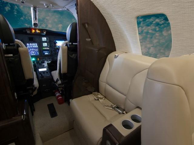 525A-0506 Side Seat - JN