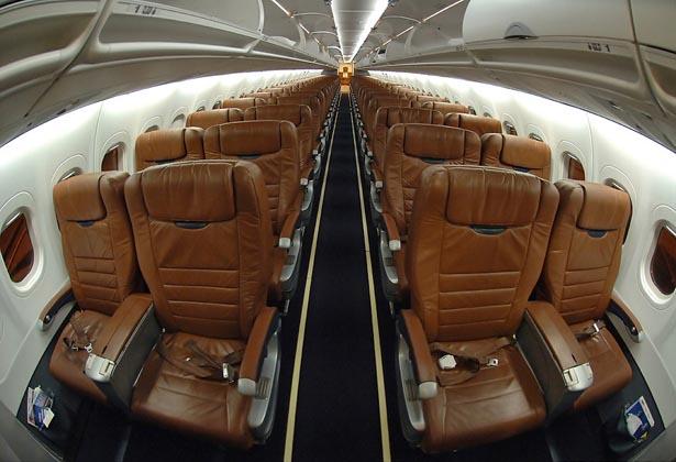 premier jet aviation jetav boeing 717 specs and description